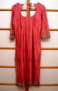 Kleidung 144